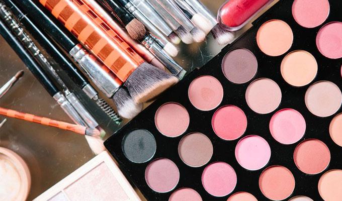 15 Best Matte Eyeshadow Palettes